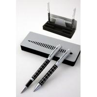 Juego de bolígrafo y roller con soporte en negro